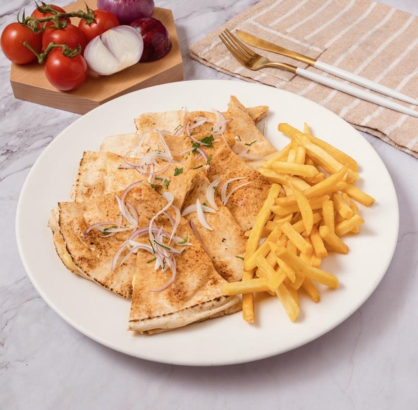 mediterrenean chicken pita