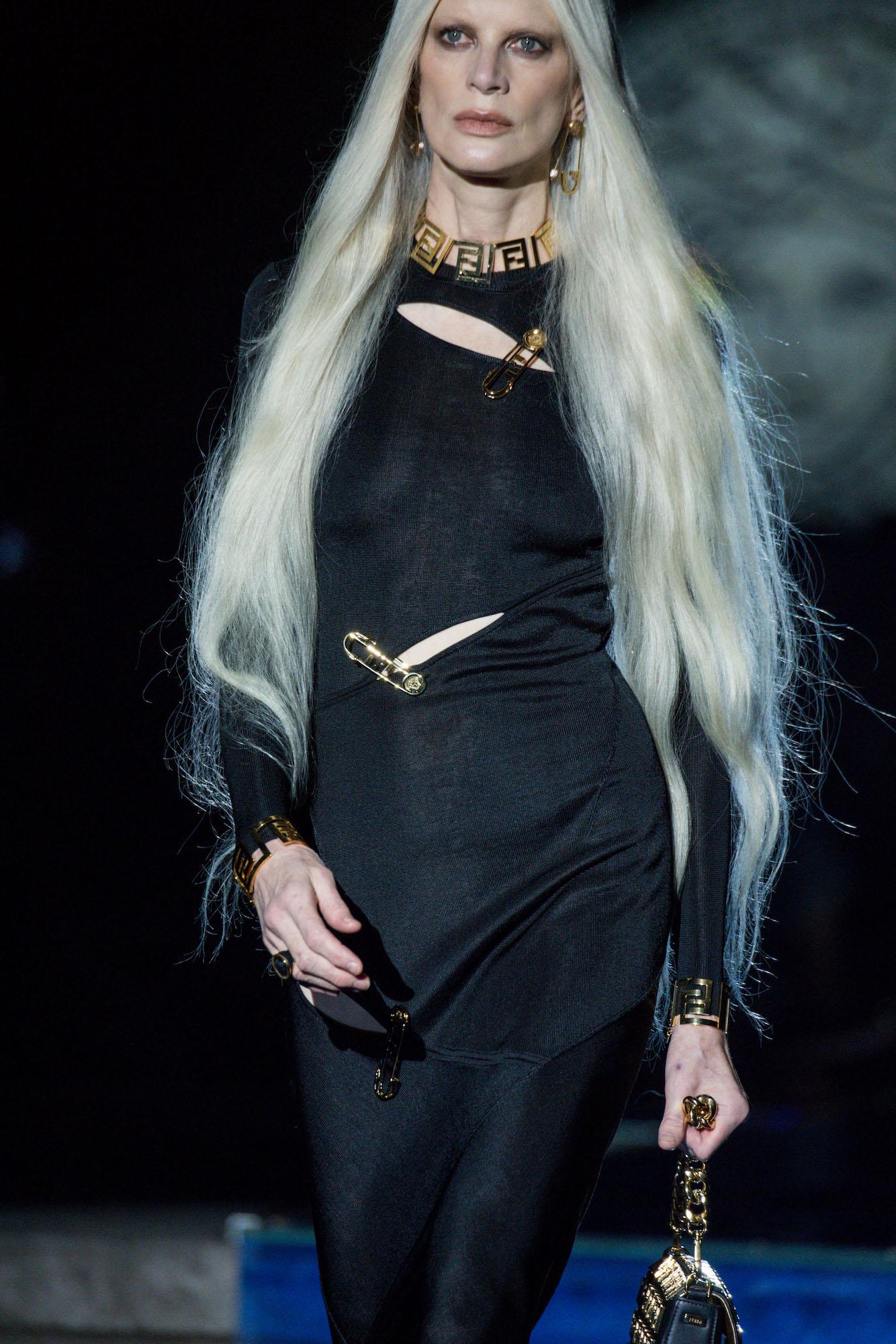 versace by fendi details (1)