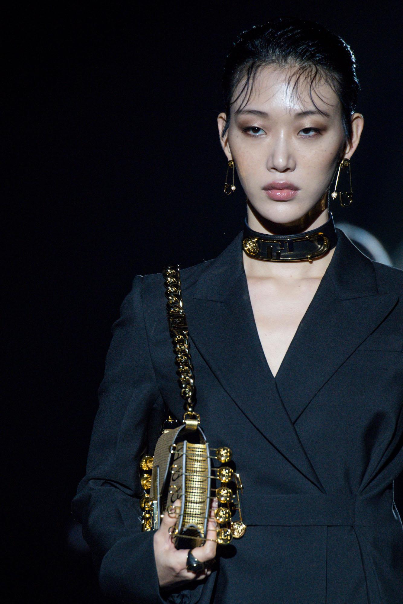 versace by fendi details (4)